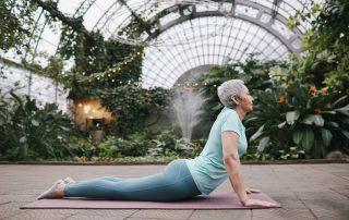 Rückenübungen für Senioren